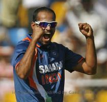 Yusuf pathan six