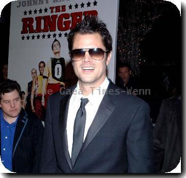Johnny Knoxville Photo - KNOXVILLE TO BE DAD AGAIN JACKASS ...