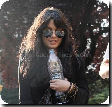 American actress Vanessa Hudgens walking back to her hotel with friends in Vancouver.Vancouver.