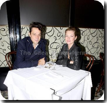 Jamie Hince and Kate Moss  outside Scotts Restaurant to smoke a cigarette before finishing their dinner inside.