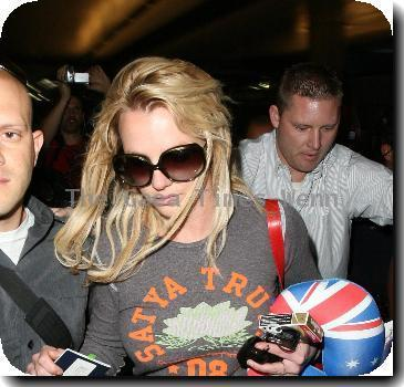 Britney Spears arrives at LAX airport from her Australian tour.