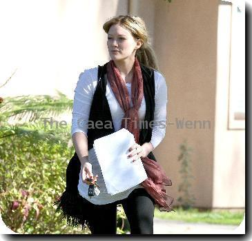 Hilary Duff  leaving a private residence in North Hollywood while holding a script.