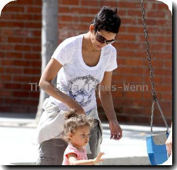 Halle Berry  takes her daughter to Coldwater Canyon Park in Beverly Hills Los Angeles, California.