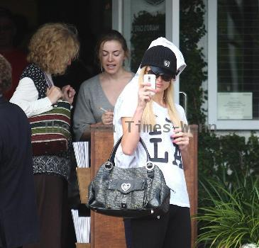Paris Hilton and a friend depart Fred Segal in West Hollywood. Los Angeles.
