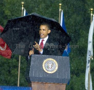 Torrential rain, lightning, thunder and strong winds forced President Barack Obama to cancel a Memorial Day speech he'd scheduled at the Abraham Lincoln National Cemetery.  Obama had mounted the podium to give the address when rain, thunder, lightning and high winds  began. Under the cover of a large umbrella, he told thousands gathered before him that