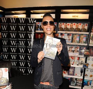 Gok Wan signs copies of his book �Through Thick and Thin� at Waterstones Manchester.