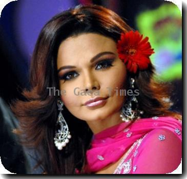 Spotted  Rakhi Sawant looking cute