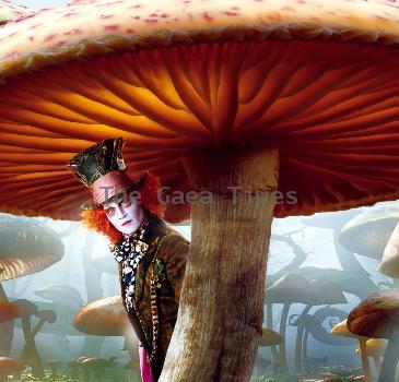 Movie Review: Alice In Wonderland(2010)
