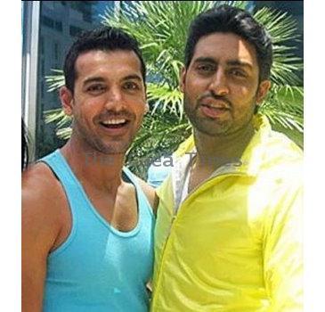 Friendly Bonds Of Bollywood Biggies