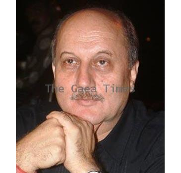 Anupam Kher Company Launched On Painting Exhibition