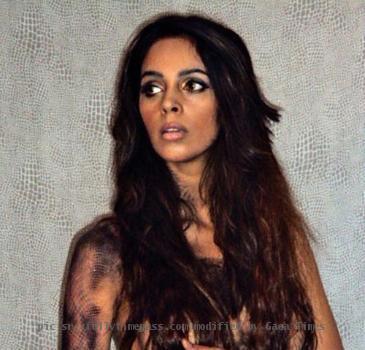 mallika sherawat topless twitter