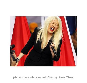 <b>christina aguilera</b> <b>national anthem</b> <b>super bowl</b> video