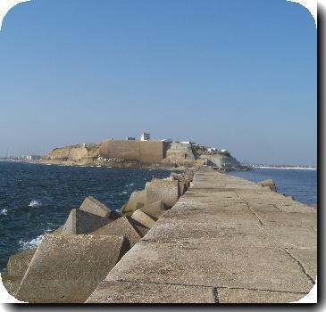 Qasim fort from breakwater
