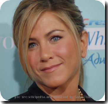 <b>Jennifer Aniston</b>