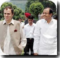 Union Home Minister P Chidambaram with Chief Minister Omar Abdullah