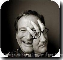 Robin Williams in a lawsuit with his impersonator 2