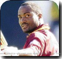 Lara dismisses Aussie ODI 400 run talk published  Tuesday | February 1  2005 Lara PERTH  Australia  CMC BRIAN LARA yesterday poured cold water on Australia s apparent preoccupation with becoming the first team to amass 400 runs in a One Day International innings